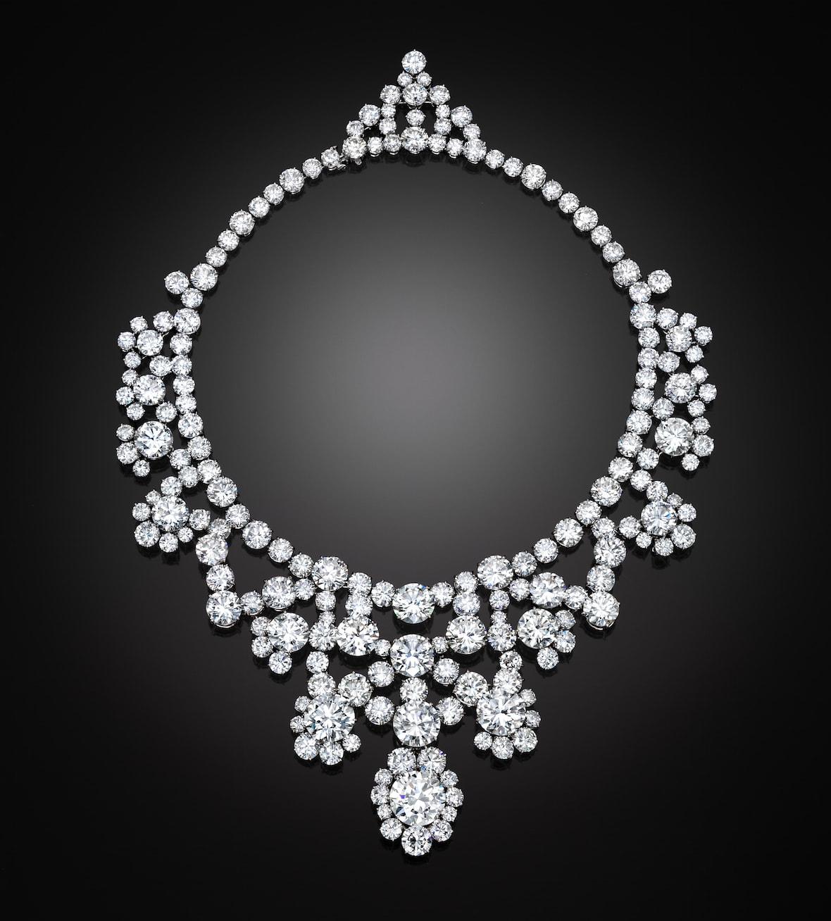 Harry-Winston-diamond-necklace