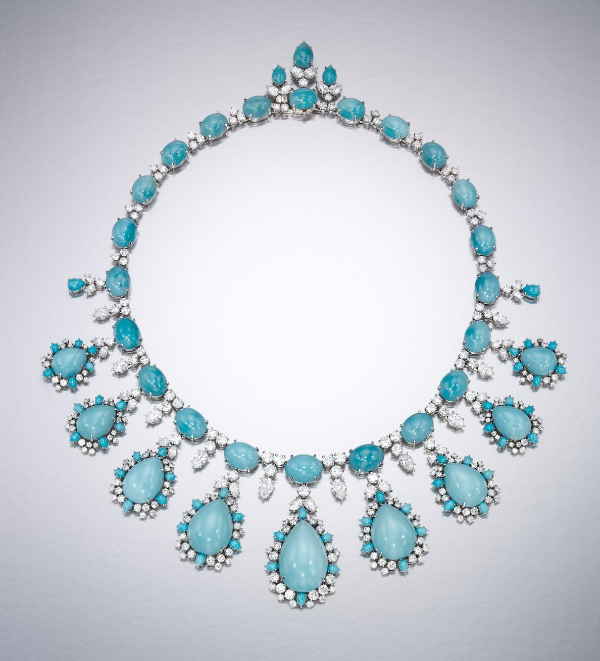 Turquoise-and-diamond-necklace