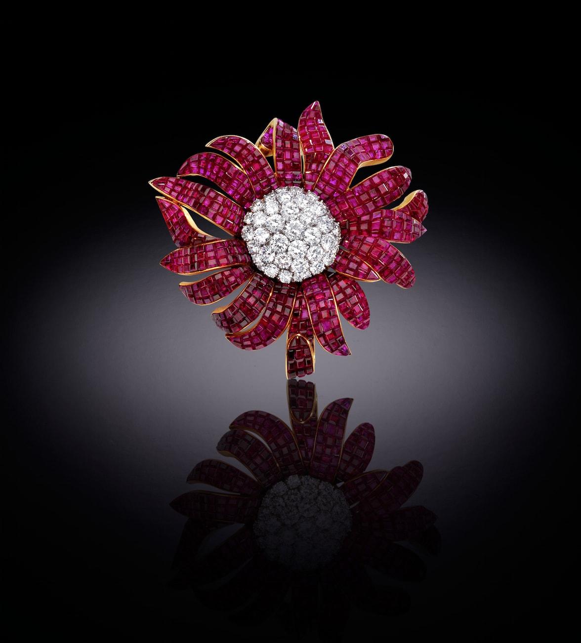 Van-cleef-Arpels-'Marguerite'-ruby-and-diamond-brooch-1969