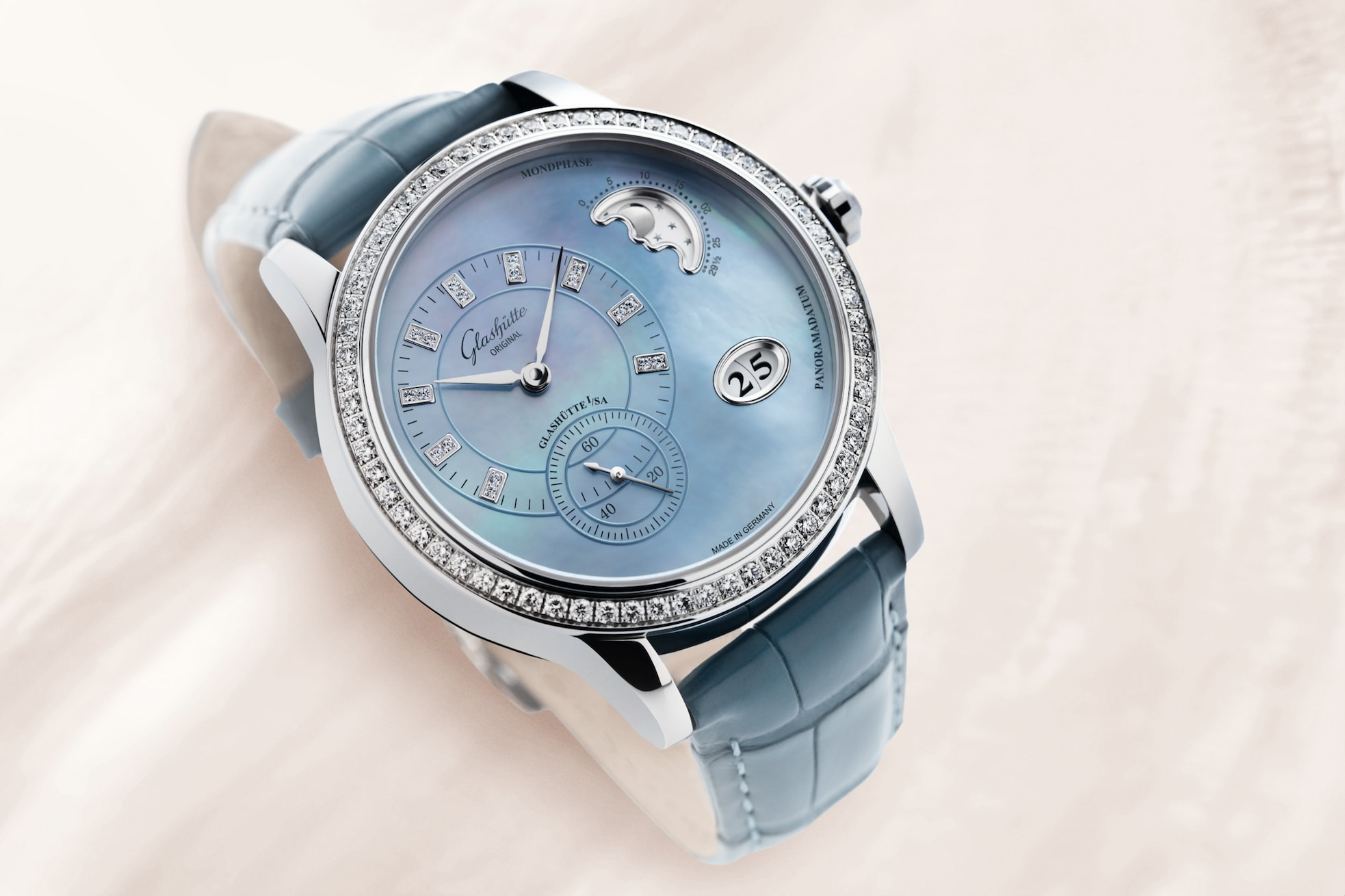 Glashutte-Original_PanoMatic_Luna_Blue_PR3