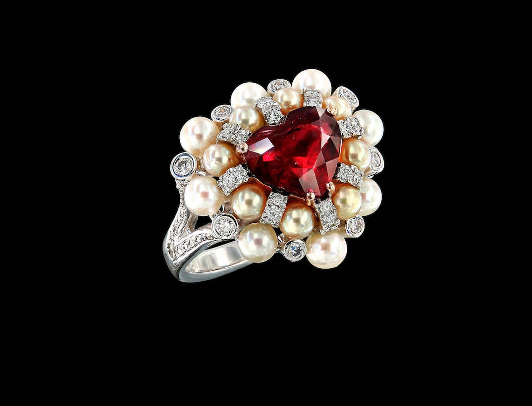 Caratell heart shape ruby ring