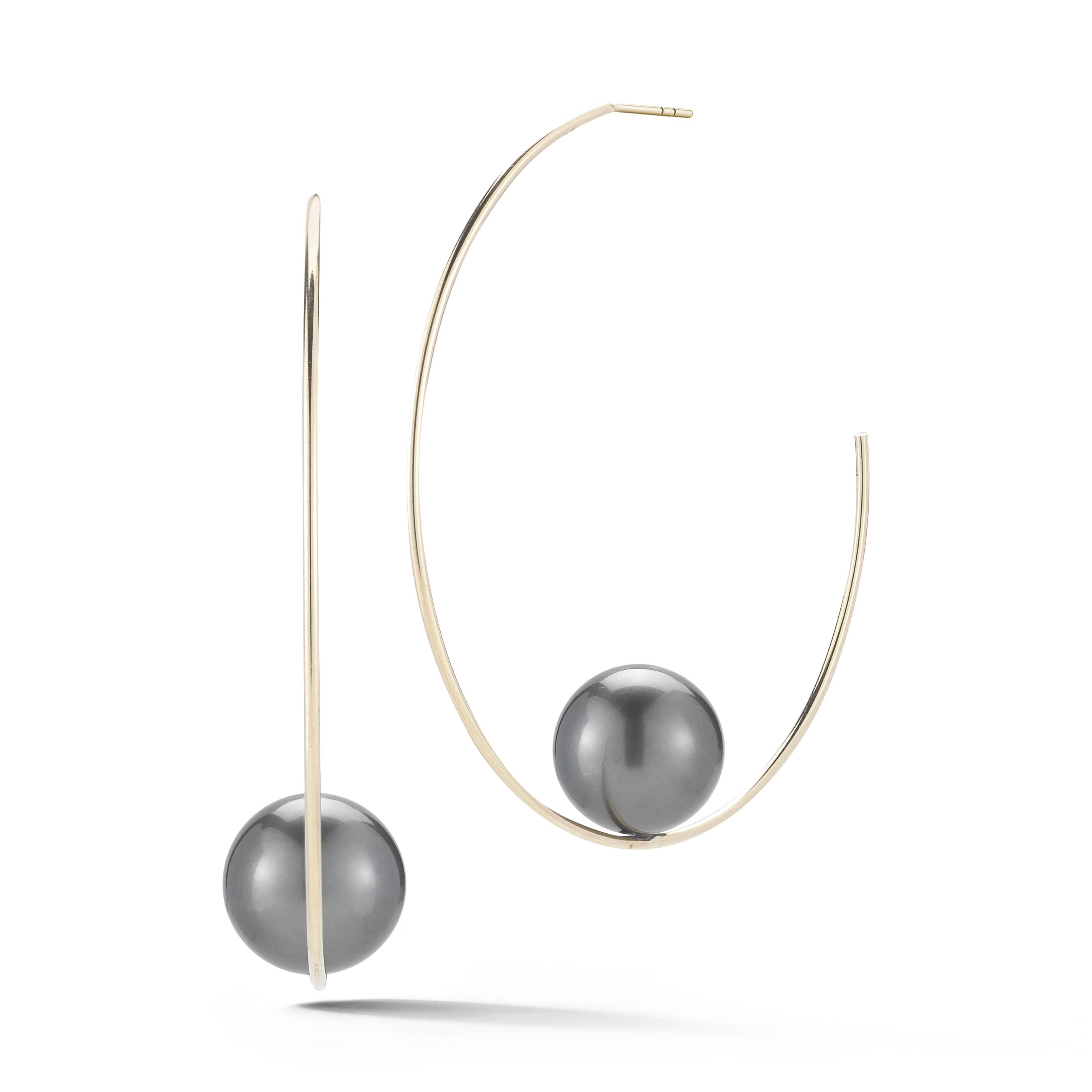 Mizuki-black-pearl-earrings-SBE125B