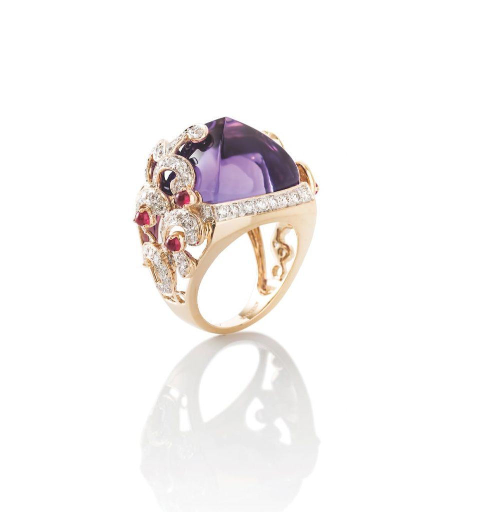 Cocktail-ring-with-sugarloaf-Amethyst-by-Farah-Khan