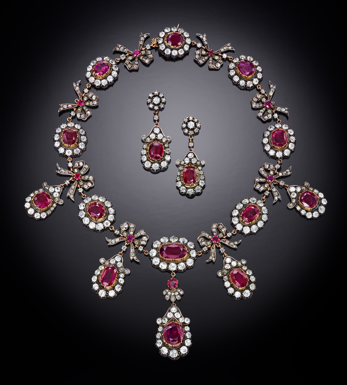 Antique-and-diamond-necklace-and-earrings