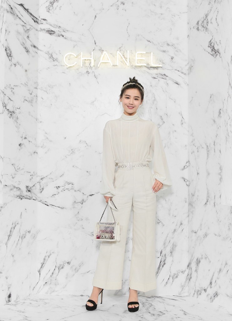 Chanel-Sandra-MA_Cruise-2017-18-replica-show-in-Chengdu_November-7th-2017