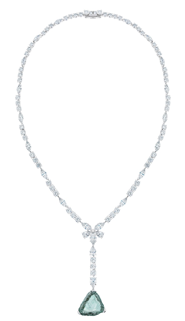 De-Beer-AWAKENIG-LOTUS-HIGH-JEWELLERY-NECKLACE