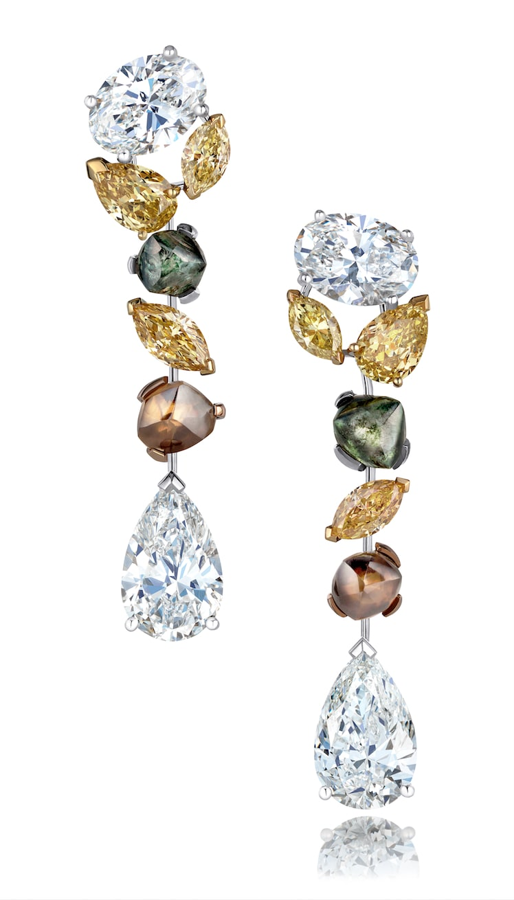 De-Beers-SOOTHING-LOTUS-HIGH-JEWELLERY-EARRINGS