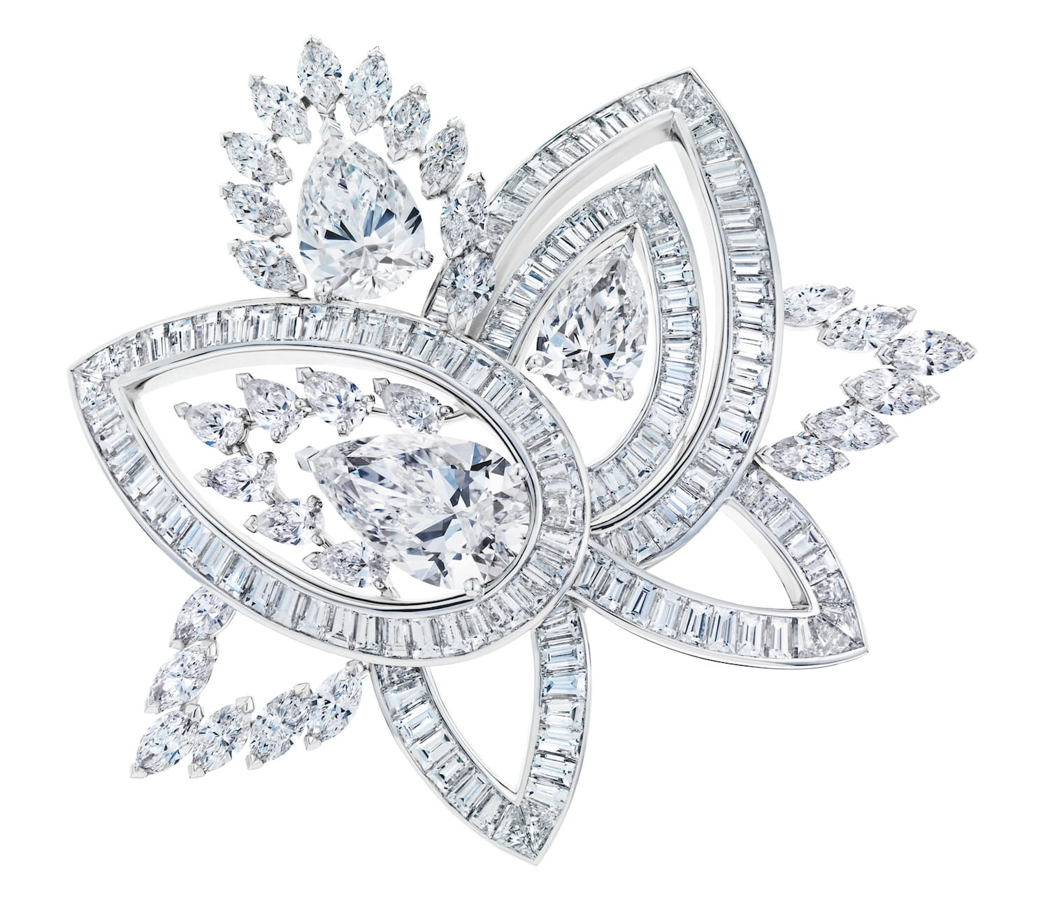 De-beers-BLOOMING-LOTUS-HIGH-JEWELLERY-BROOCH