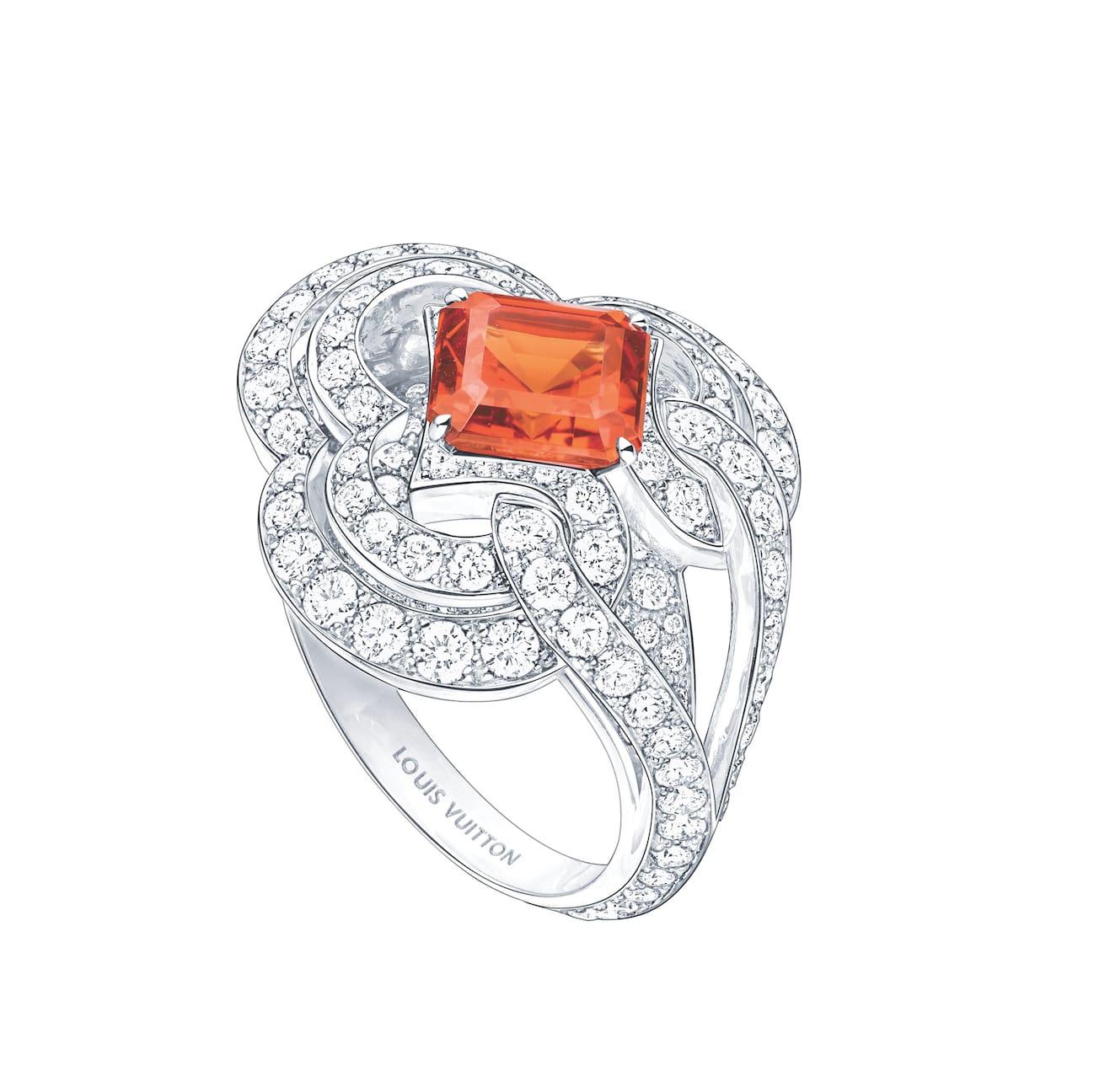 LV-Conquêtes-Garnet-diamond-ring