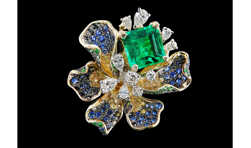 Van Gogh Iris Emerald ring embellished with emerald, sapphires, green garnets, yellow and white diamonds