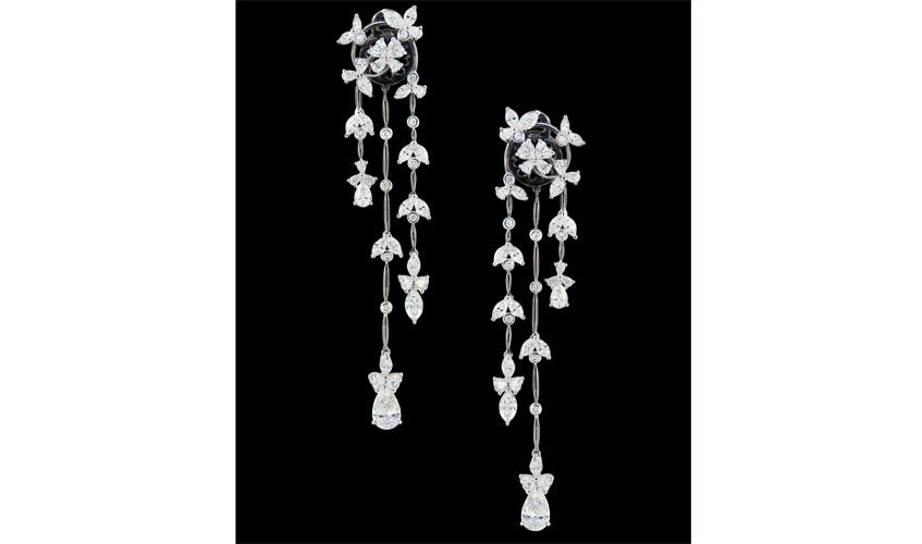 Diamond earrings on 18k white gold