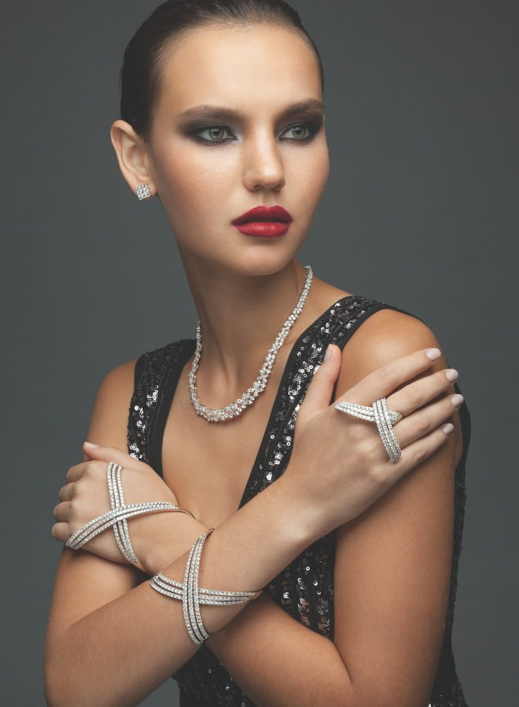 solitaire-magazine-festive-jewellery-dressing-tips